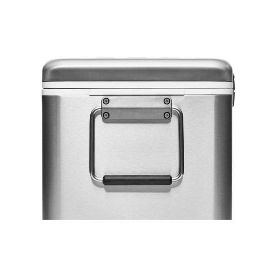 【YETI/イエティ】Vシリーズ ステンレススティール ハードクーラー(V Series Stainless Steel Hard Cooler)[アウトドア]