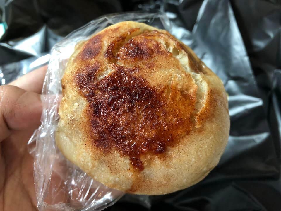 元町プラザ2Fにあるecomo bakery(エコモベーカリー)のパン
