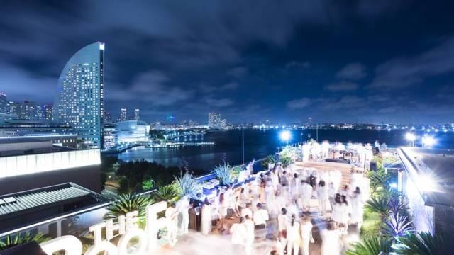 横浜みなとみらいの海と夜景を一望するルーフトップバー「THE OCEAN'S BAR2019」のイメージ画像