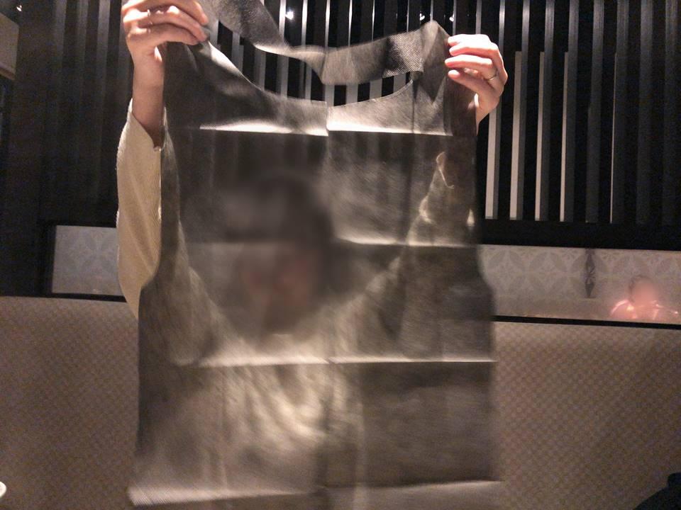 しゃぶ葉横浜ワールドポーターズ店のエプロン