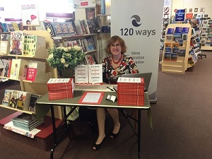 Book Signing Dymocks Adelaide 120 Ways To Achieve Your Purpose With LinkedIn