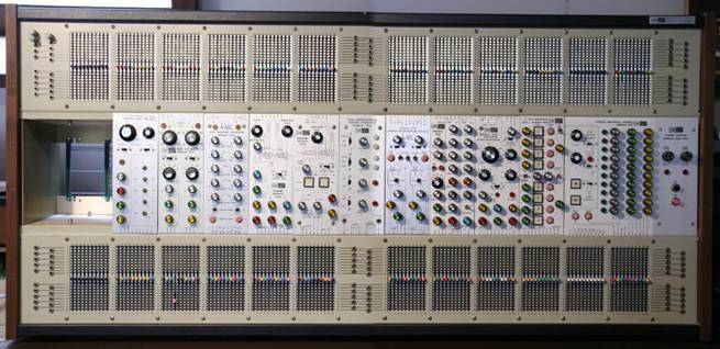 Front panel of the ARP 2500