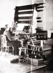 The keyboard control of the Telharmonium at Telharmonic Hall 1907