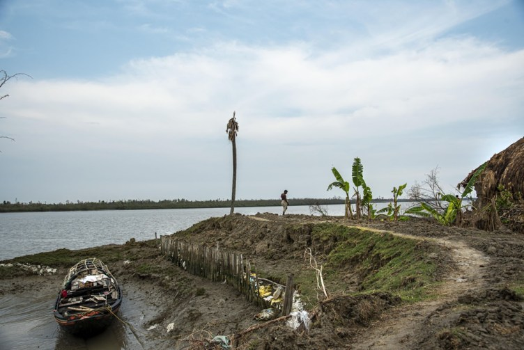 Destruction Of Nature & Life By Super cyclone Amphan By Sudipta Chatterjee