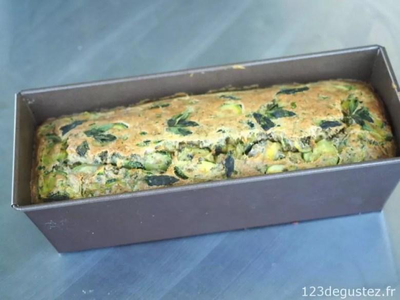 cake aux courgettes à la menthe