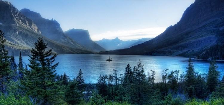 Saint.Mary.Lake.640.7435