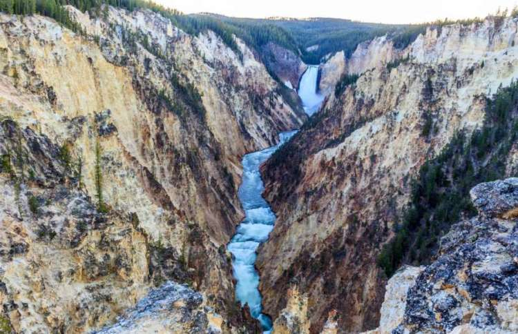 Yellowstone Falls, USA
