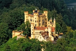 Sightseeing transfer Hohenschwangau Castle