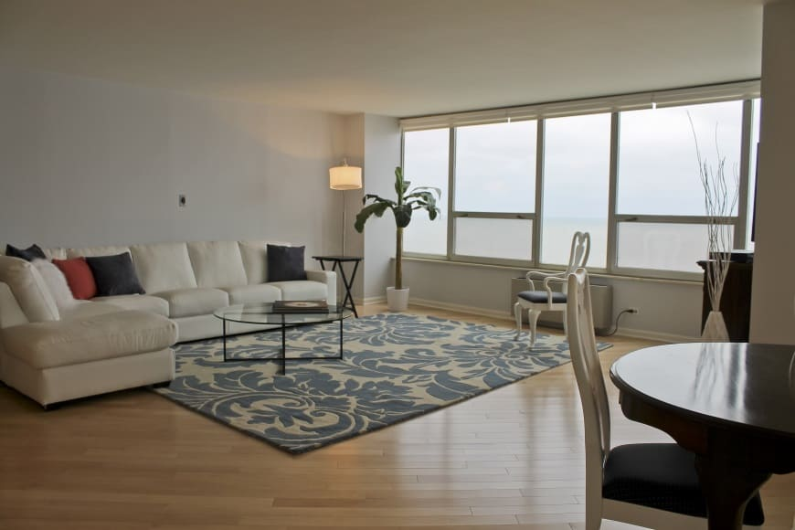 edgewater condo remodel living room 6101 n sheridan