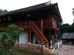Maison typique de la minorité Hmong de la région de Mai Chau