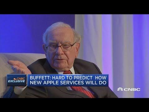 Warren Buffett weighs in on the Apple credit card, Apple TV+