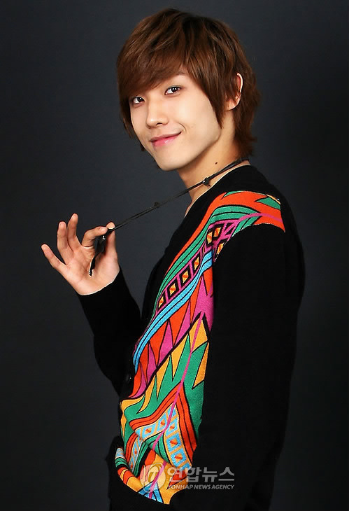 Joon (준) * Real Name: Lee Joon (이준) * Date of Birth: February 7, 1988 (1988-02-07) (age 21) * Position: Vocal, Dance Joon is acting in the upcoming movie Ninja Assassin as the younger version of Raizo, the role of which is being played by Rain.