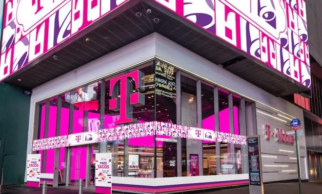 T-Mobile USA Investigates Possible Data Breach