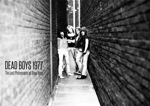 """American Punk Band The Dead Boys Come To Life In Collection Of """"Lost"""" Photos"""
