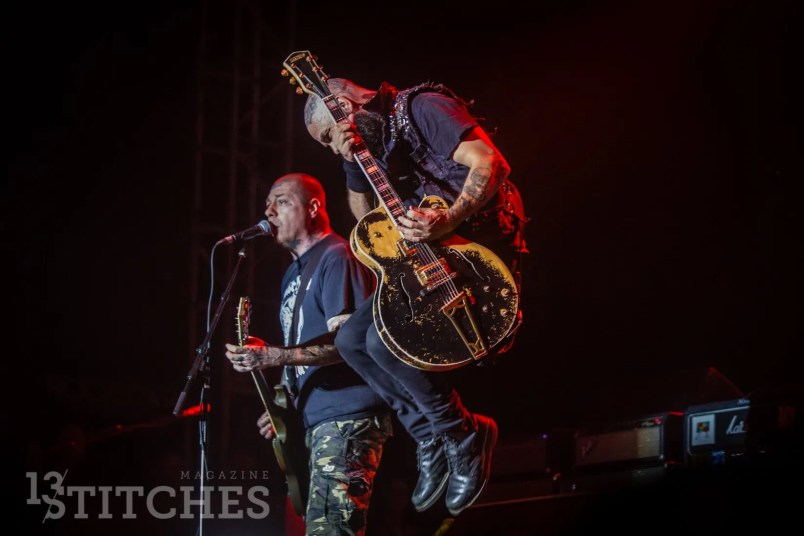 rancid-its-not-dead-2017-11