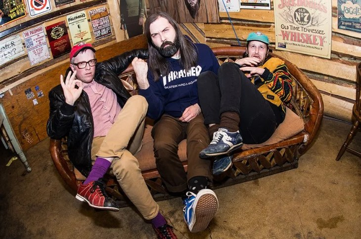 """Canadian Indie-Punk Trio, The Allovers, Get Clean With New Song """"Tub Time"""""""
