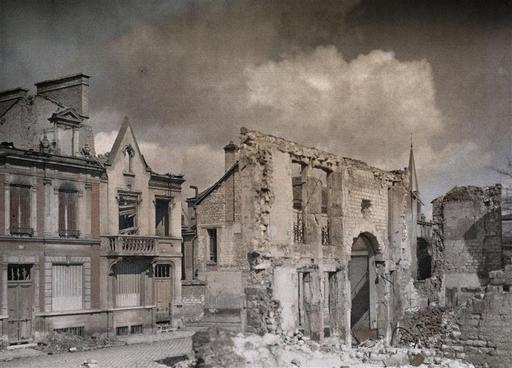 Rue Eugène Desteuque - Collection d'autochromes Gallica-BNF