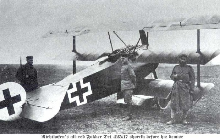 ob_31928d_fokker-dr1-on-the-ground