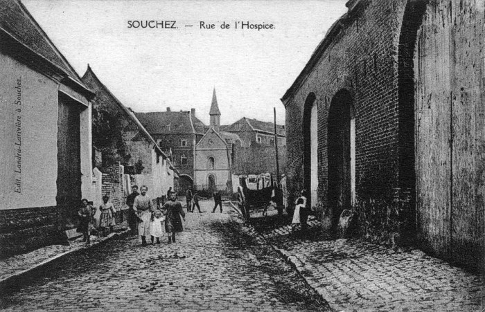 Lundi 4 octobre 1915, canonnade très sourde et très violente et très longue à l'Est de Reims.