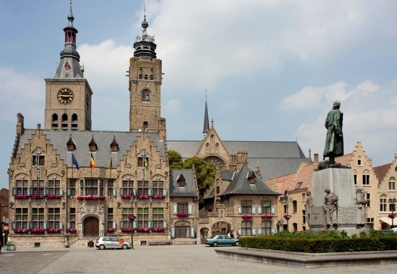 diksmuide stadhuis
