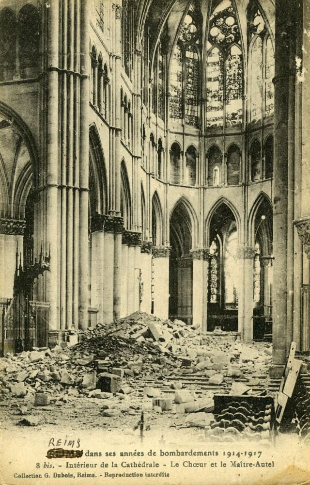 interieur-cathedrale-choeur-maitre-aut
