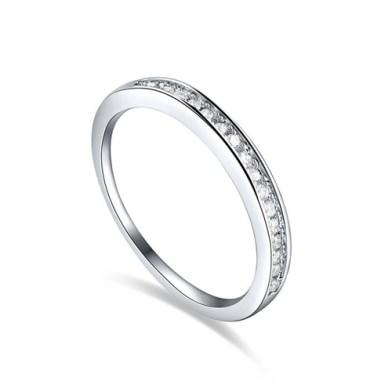 One Line Diamond Fashion Ring