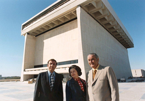 Harry Middleton, Lady Bird Johnson, and former President Lyndon Baines Johnson in front of the LBJ Presidential Library in Austin, Texas. (LBJ Library photo by Frank Wolfe)