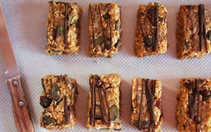 Almond butter energy bars