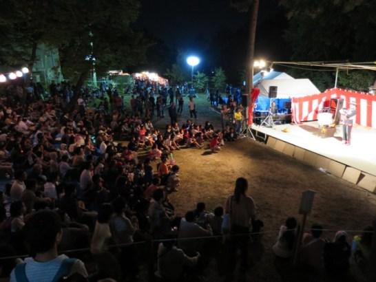 小市神社秋祭り➌、マジックショーもあり、大勢の人出で賑わいました。