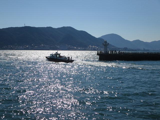 下関市にて。関門海峡を臨む