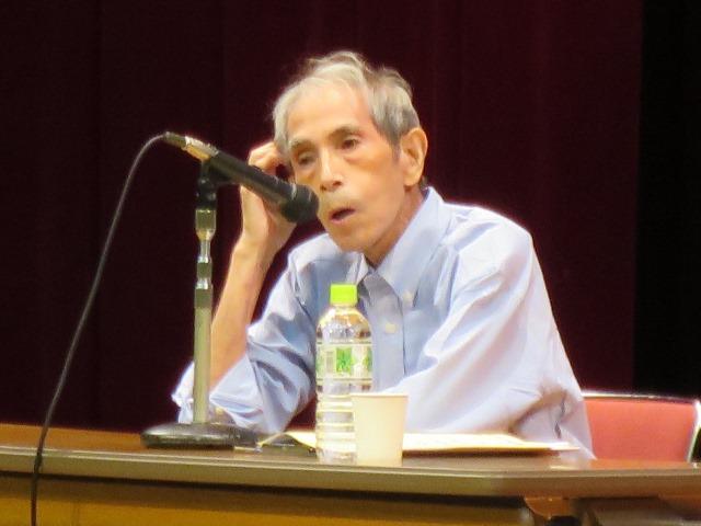 日本国憲法の平和主義を熱く語る奥平氏