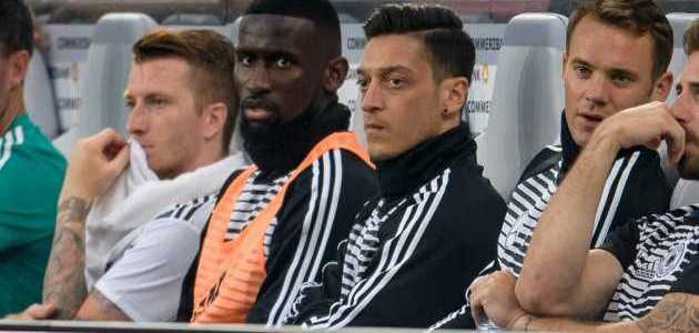 Ozil dan Neuer Dipastikan Perkuat Jerman Hadapi Meksiko