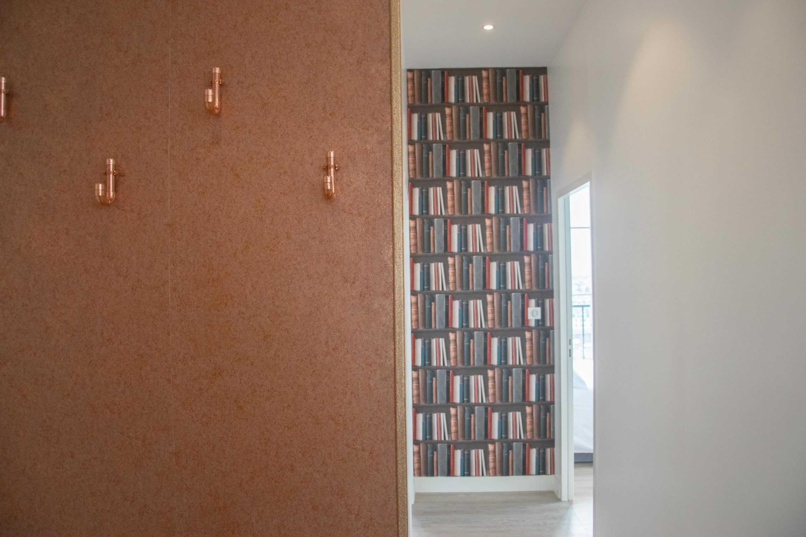 appartement_15eme_droite_tour_perret_amiens_tourisme_entrée