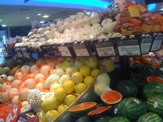 バンコク スーパーマーケット 果物