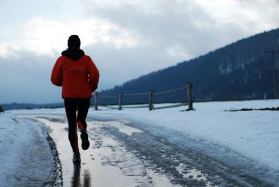 Winter Running Tips: runner