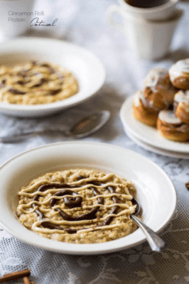 Oatmeal Recipes: Cinnamon Roll Protein Oatmeal