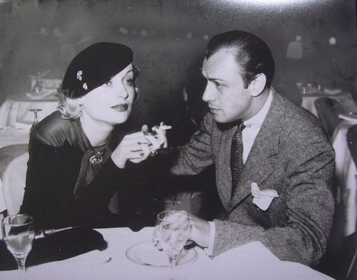 thedirtythirties:  Carole Lombard and Russ Columbo  Their affair began in late 1933, not long after Lombard divorced William Powell — and she was still romantically linked to the crooner-bandleader at the time of his mysterious death in September 1934.  via