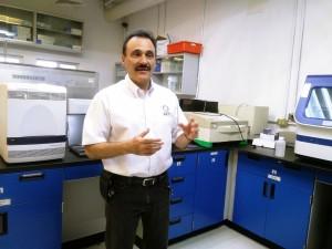 thumbnail_Dr. Alpuche Lanbama