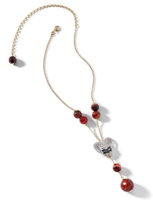 collana in argento placcato oro con pietre di agata marrone striata, particolare mascherina in argento satinato, zirconi bianchi e smalto nero