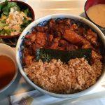 田町駅でガッツリと香ばしい焼き鳥丼を食べる!「鳥一代 本店」