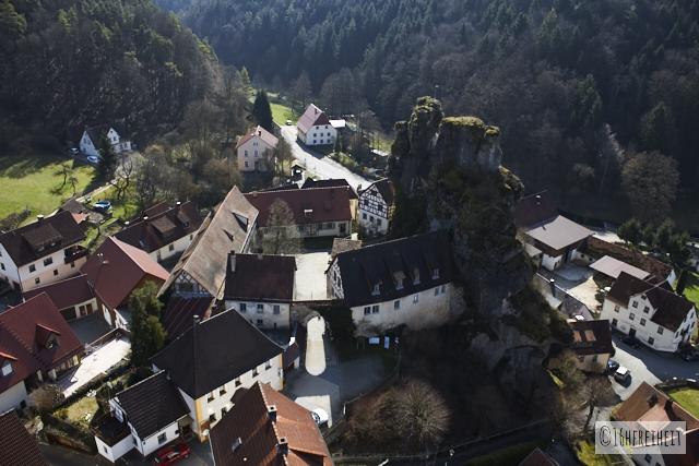 Blick vom Fahnenstein auf Tüchersfeld