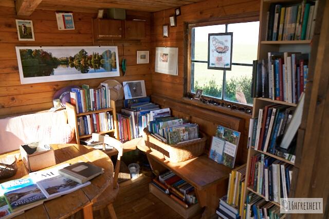 Bücherhütte_Güßhübel_Innenansicht