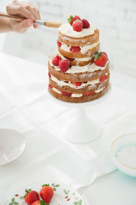 D E S I G N L O V E F E S T HOW TO MAKE A NAKED CAKE