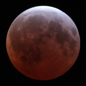Lunar_eclipse_April_4_2015_greatest_Alfredo_Garcia_Jr_LA
