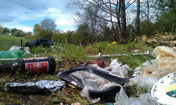 Fly-tipping on Kettle Lane