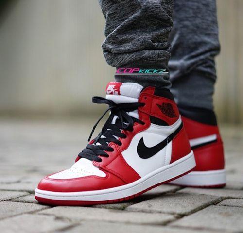 Air Jordan 1 Retro OG Chicago_22