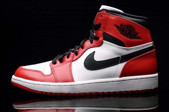 Air Jordan 1 Retro OG Chicago_88