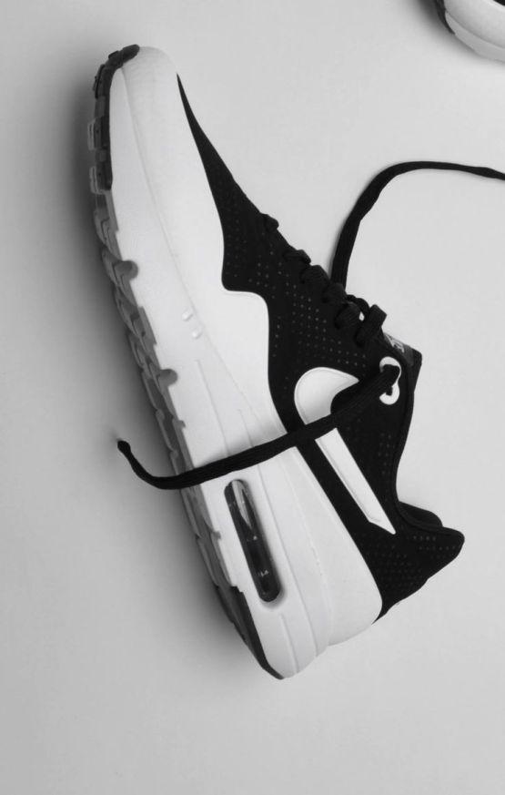 Nike Air Max 1 Ultra Moire Black&White_17