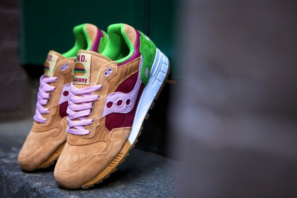Saucony Shadow 5000 Burger x END_01