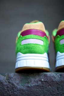 Saucony Shadow 5000 Burger x END_05